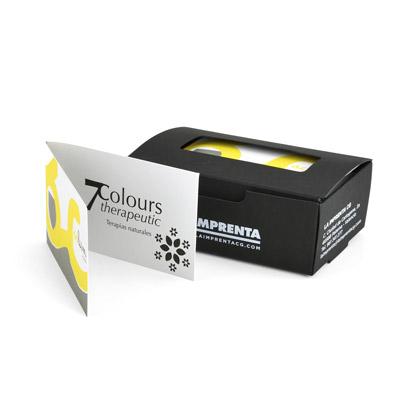 tarjetas de visita diptico metidas en cajas