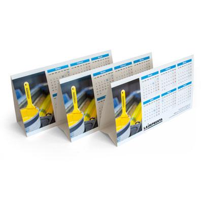 precio de impresión de un calendario de sobremesa triangular