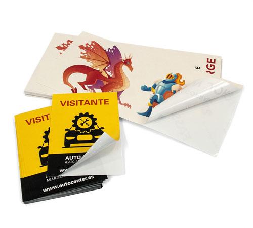 imprimir adhesivos y pegatinas con forma rectangular o cuadrada